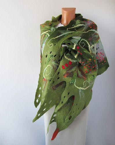 Felted scarf - Green Elvish Stole