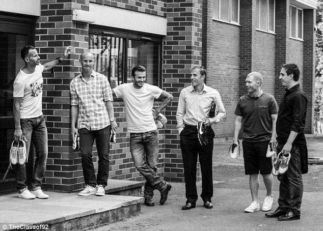 Ryan Giggs, Nicky Butt, David Beckham, Phil Nevile, Paul Scholes and Gary Neville