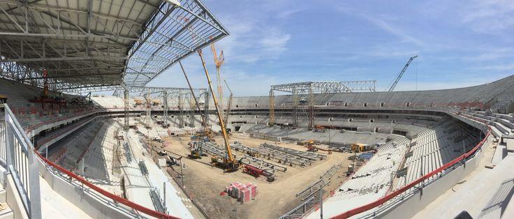 Dans 9 mois, l'#olympiquelyonnais gagnera ses matches dans ce grand et magnifique stade #stadedeslumières mai 2015