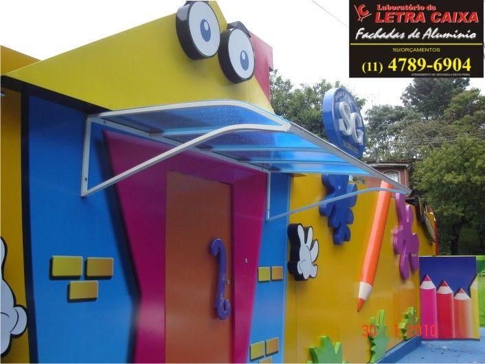 30 best images about fachadas kinder on pinterest atrium for Casas infantiles de madera para jardin
