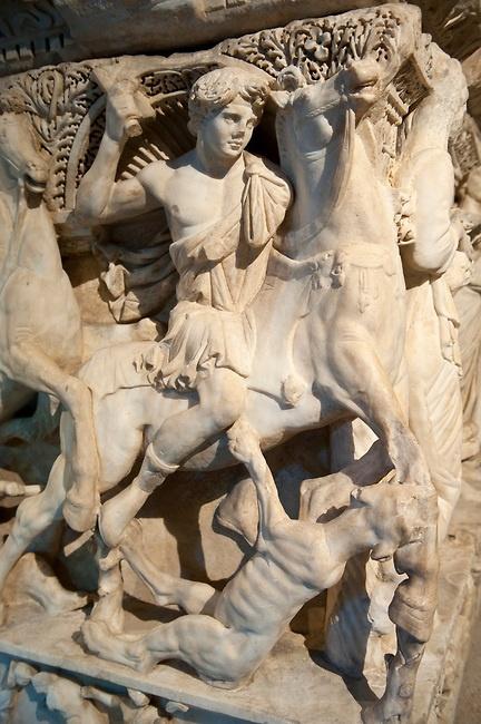Sidamara Sarcophagus,  a 2nd century marble Roman sarcophagus from Ambararasi (Konya) Turkey. Istanbul Archaeology Museum
