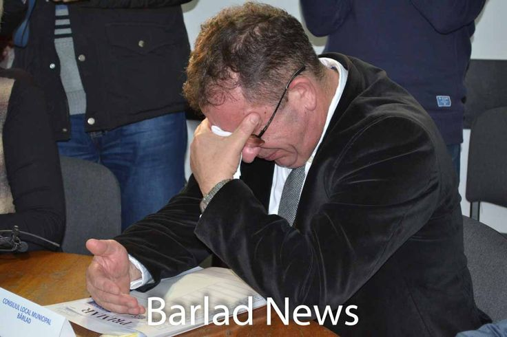 Constantin constantinescu Primarul Barladului si-a dat demisia