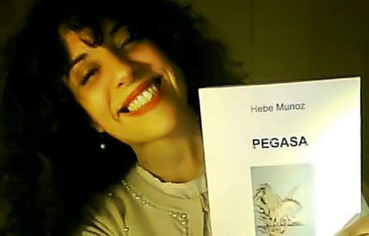 Hebe Munoz: una Poesia Cosmica   a cura di Francesco Nigri