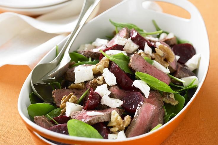 This tasty salad is ideal as an elegant starter or as part of a healthy lunch.