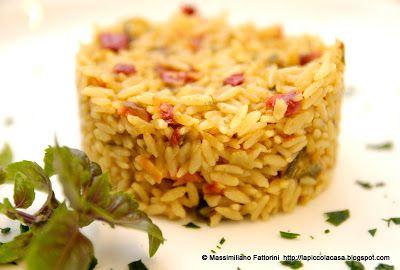 Una semplice ricetta nel wok : riso basmati saltato con verdure alla curcuma e basico purple