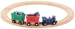 Melissa&Doug, set de train en bois, 13 pièces. 3+ans. 24.99$ Disponible en boutique ou sur notre catalogue en ligne. Livraison rapide au Québec.  Achetez-le info@laboiteasurprisesdenicolas.ca