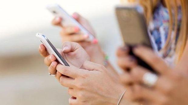 Úgy hat a gyerekek agyára az okostelefon, mint egy gramm kokain - https://www.hirmagazin.eu/ugy-hat-a-gyerekek-agyara-az-okostelefon-mint-egy-gramm-kokain