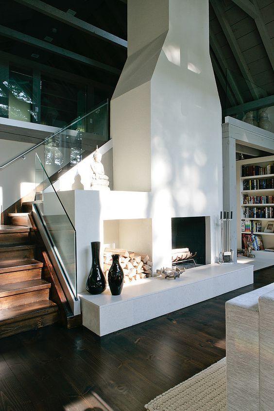 Фрагмент интерьера дома в неоклассическом стиле
