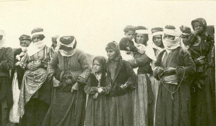 Muş-Kurtçe konusan Ermeniler.ne çok benziyoruz bir brimize..