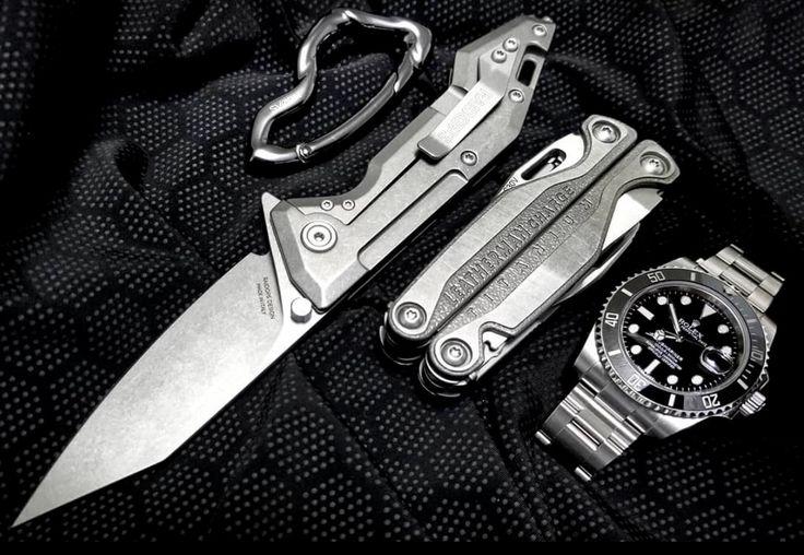 GREY GRAIL EDC /// Arcus Carabiner by @svorndesign, Centauro Knife by @raidops_kim, Charge TTi Multi-Tool by @leathermantools and Submariner Date Watch by @rolex + The Condition Black Ceramic Baselayer Shirt by @vollebaksports.  #tacticallife #everydaycarry #tadgear #edccarry #edccommunity #edccooperative #survival #bushcraft #urbansurvival #urbex #survivalkit #tacticalshit #loadout #rucksack #goruck #tradecraft #vinjatek #bugoutbag #shtf #menswear #geardump #knifecommunity #leatherman