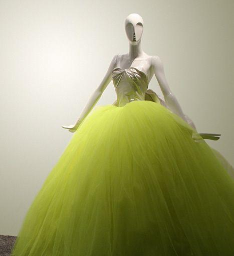 Vestido de novia en verde neón - Mariage - Robes de mariée exotiques