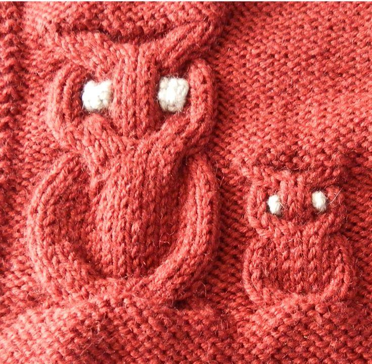 Le but de cet article est de vous permettre de tricoter des hiboux de grande taille. La légende des diagrammes est la suivante : un point endroit sur l'endroit ou un point envers sur l'envers un point envers sur l'endroit ou un point endroit sur l'envers...