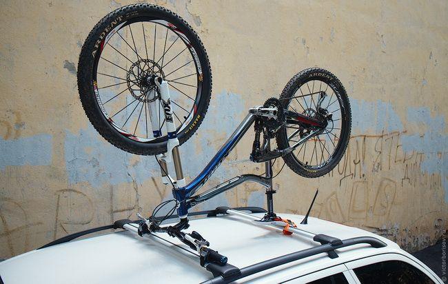 Бюджетный велосипедный багажник на крышу авто своими руками