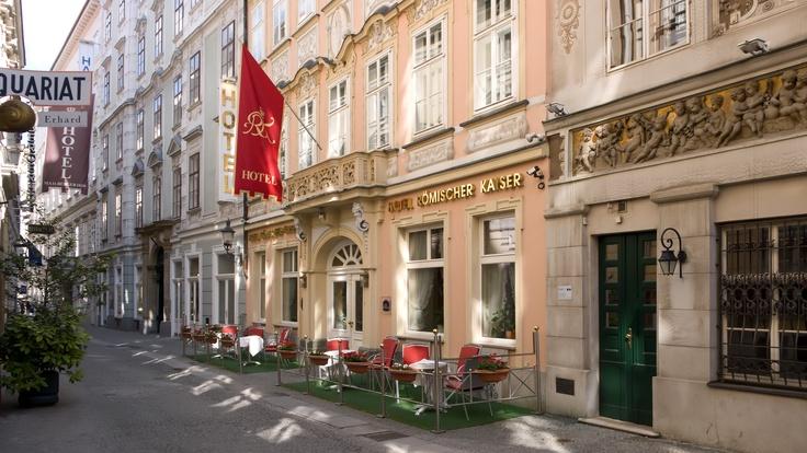 Römischer Kaiser, Wien    We love Wien!  http://www.ostheimer.at