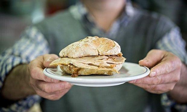The juiciest pork sandwich in Portugal?