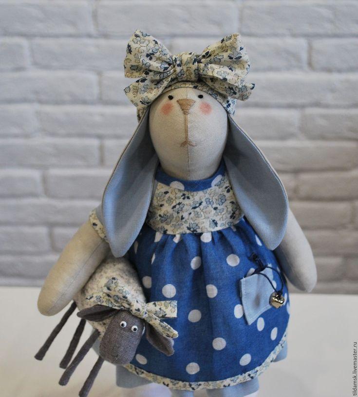 Купить Тильда зайка с овечкой - интерьерная кукла, тильда заяц, зайка, подарок, подарок девушке
