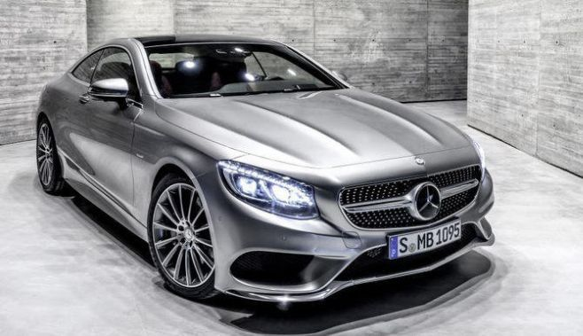 Mercedes a dezvaluit noul S-Class Coupe, model ce va debuta cu prilejul Salonului Auto de la Geneva. Asa cum au promis oficialii Mercedes, noul S-Class Coupe este aproape identic cu conceptul cu acel