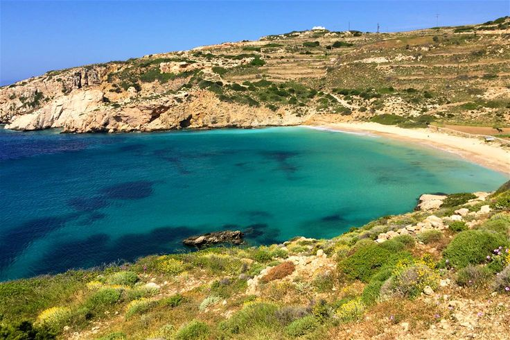 Kendros Beach on Donousa, reached by walking trail from Stavros © Carolyn Bain / Lonely Planet