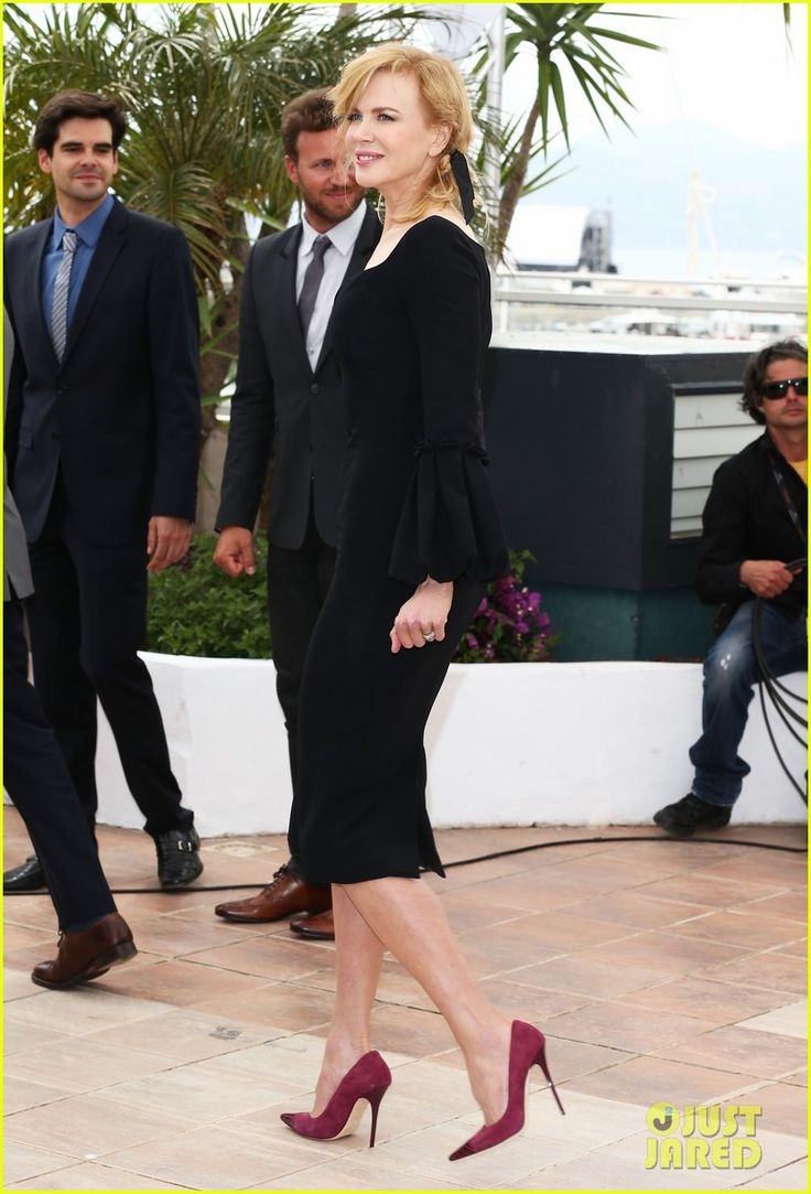 Nicole Kidman is ravishing in black at a photo call for the Feature Film Jury at the 2013 Cannes Film Festival on Wednesday (May 15) in Cannes, France. The 45-year-old…