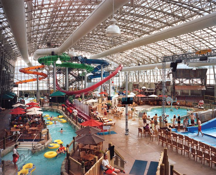 water park, Jay Peak, Vermont , ski ((if we decide to do a winter vacation this year, I want to try this place!! We will have to see if there's a Golden Corral though.... if not:: it's a no-go!!))