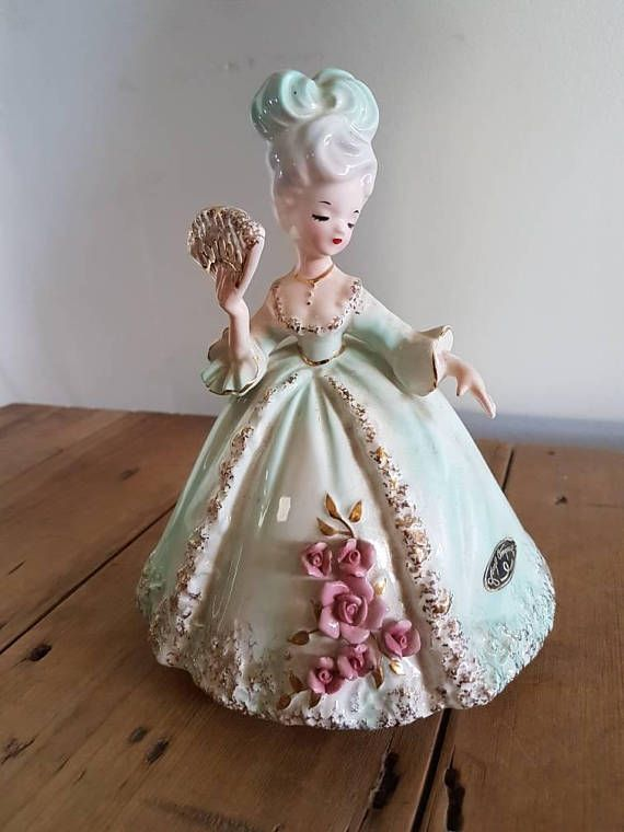 Check out this item in my Etsy shop https://www.etsy.com/au/listing/539707512/vintage-josef-originals-figurine-yvonne