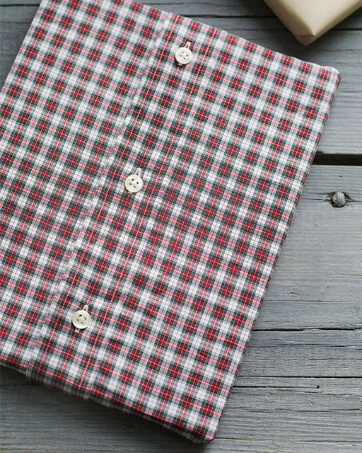 Button-Up Shirt Giftwrap - #giftwrap #sweetpaul