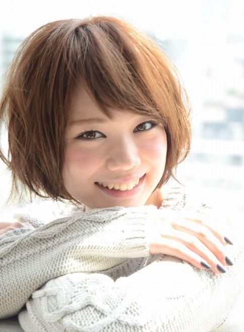 斜めバング×ふわくしゅショートボブ 【GARDEN harajuku】 http://beautynavi.woman.excite.co.jp/salon/20783