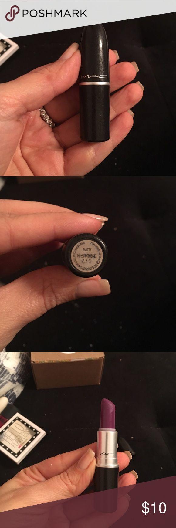 Mac lipstick Used Mac lipstick in color matte heroine MAC Cosmetics Makeup Lipstick