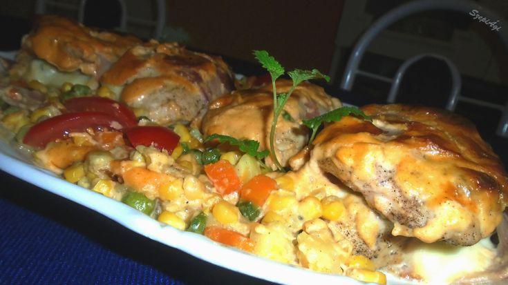 Zöldségágyon sült besameles csirkemell