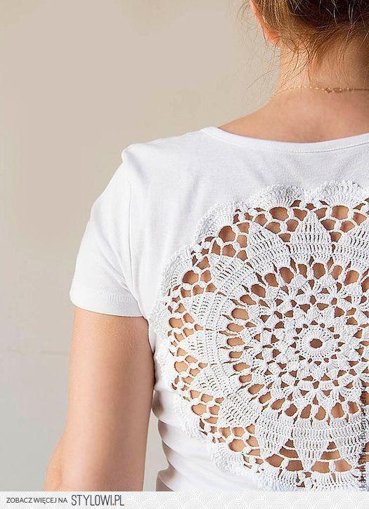Un motivo circular de crochet y un hermoso diseño