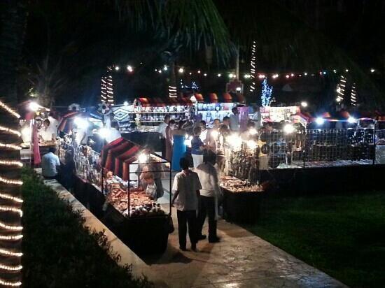 Now Jade Riviera Cancun Resort & Spa: viva Mexico night