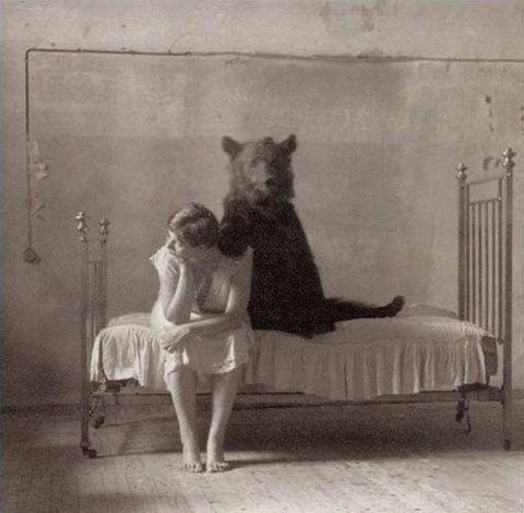 9.23.11Retro Photos, Bears Hug, Vintage Photos, Teddy Bears, Art, Care Bears, Old Photos, Black White Photos, Photography