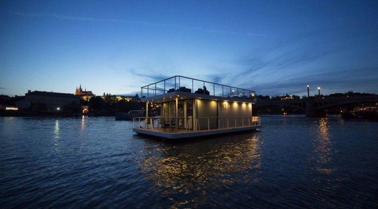 Houseboat Berlin Heiligensee