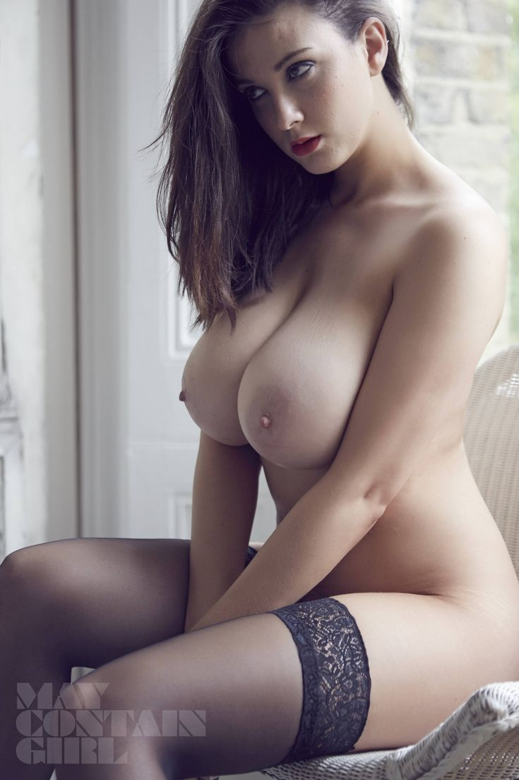 Great boobs and legs to die for