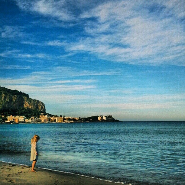 Lovely little girl playing with the waves. #Mondello #Palermo #WinterTime #OutOfTime