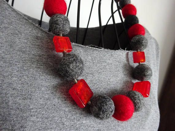 Red necklace Red-gray necklace Wool balls Glass necklace