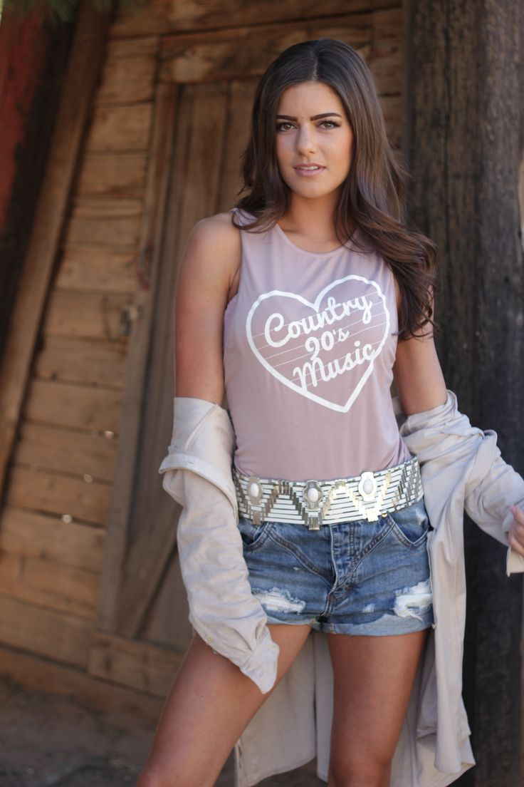 90's Country Signature Tank Dusty Rose www.licensetoboot.com Stagecoach Outfit Country Thunder outfit country concert outfit cma fest outfit country music #countryfest