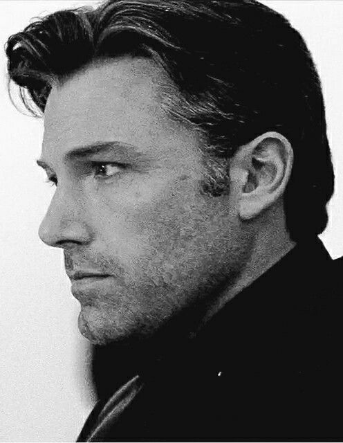 No beard but he was so fine as Bruce Wayne in BvS, that it deserves to be here.