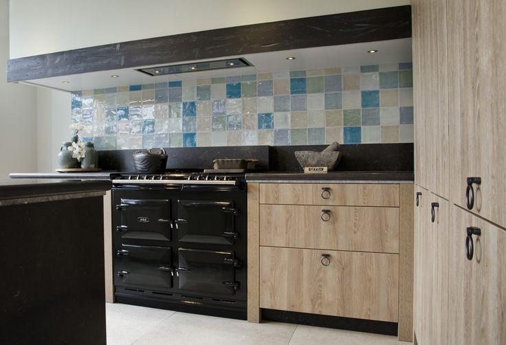 Keuken zaak, keukens, meubels, inbouwapparatuur, keuken machines, accessoires
