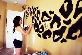 leopard wall:
