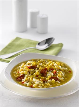 Disfruta de los garbanzos de una forma tradicional y a la española, prepáralos con esta receta.