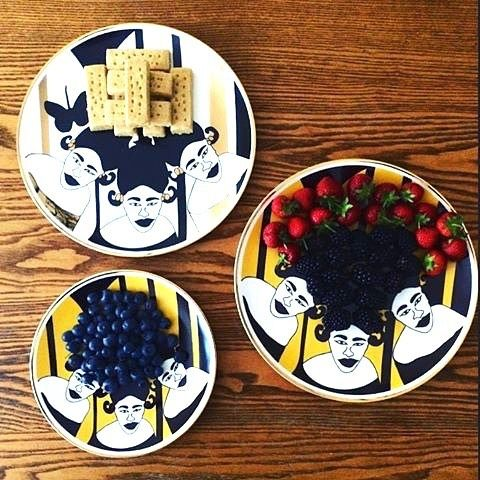 Shortbread, Red fruits and Ceramics! Enjoy summertime with Faty Ly ceramics designs (made in Dakar, Senegal)