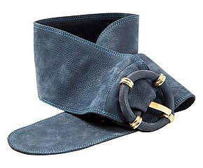 Cintura in camoscio blu con dettagli in metallo dorato - l 85 cm