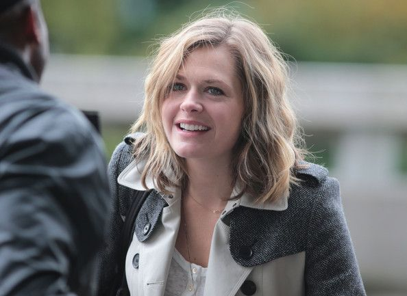 Maggie Lawson - Maggie Lawson Departing On A Flight At Vancouver Airport