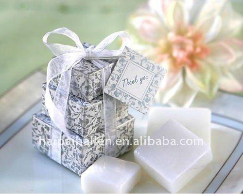 Resultado de imágenes de Google para http://img.alibaba.com/photo/504897270/Mini_Soap_with_gift_box_for_wedding_souvenir.jpg