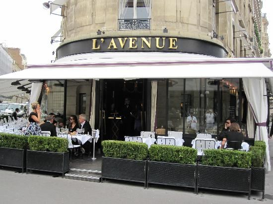 Great Views from L' Avenue