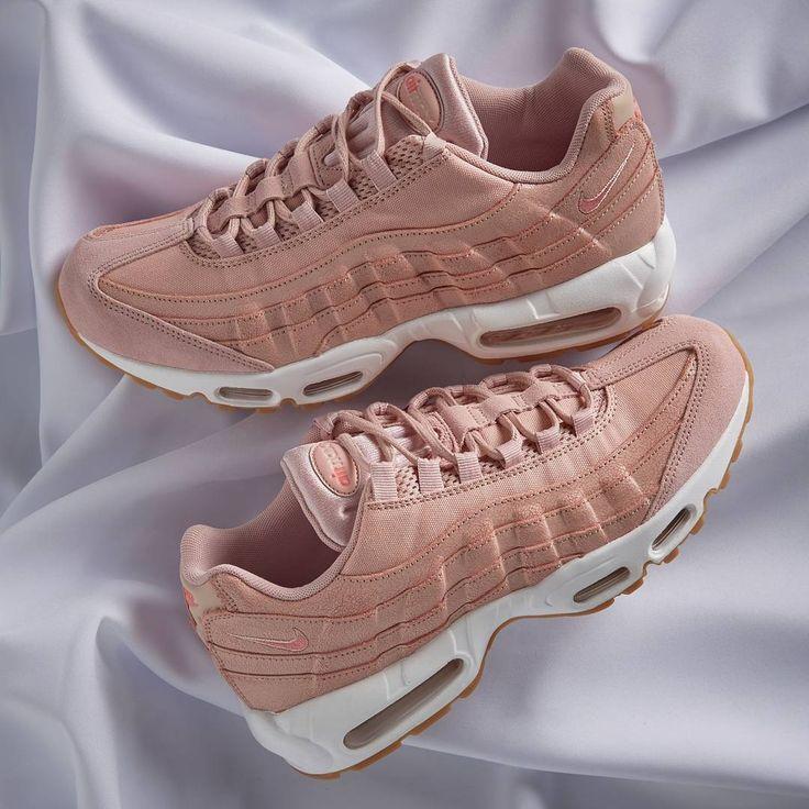95 Nike Pink