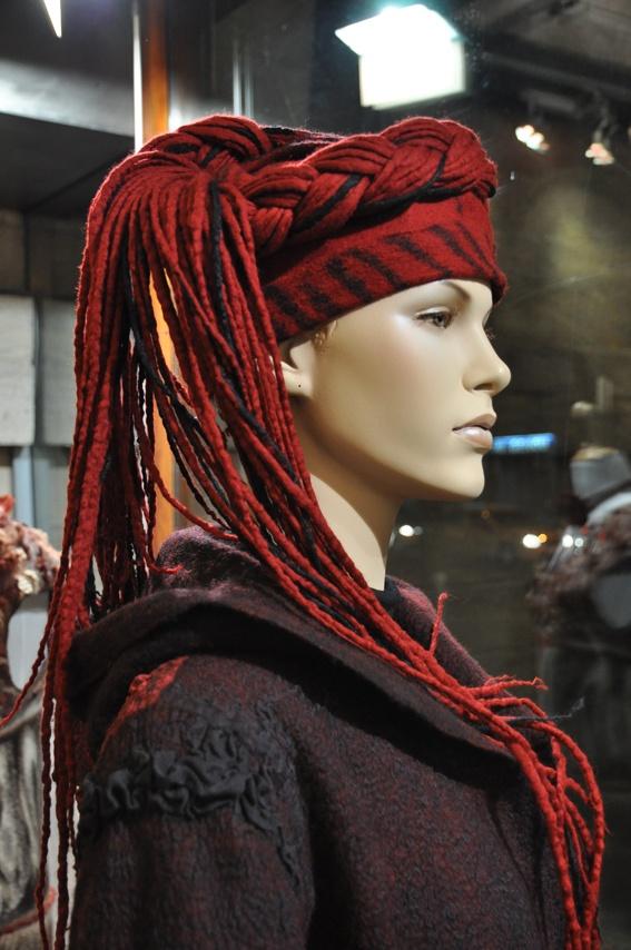 Feutre Art Textile  http://www.feutrearttextile.com