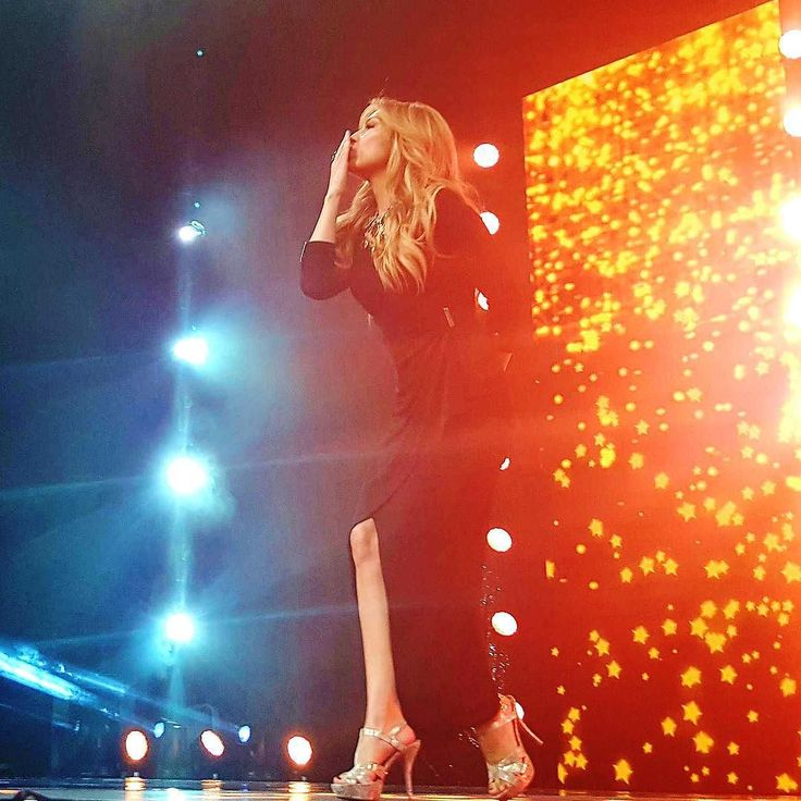 Besos from the gorgeous @thalia! Shop all her runway styles now at macys.com/shopfrontrow 💋 #macysfrontrow