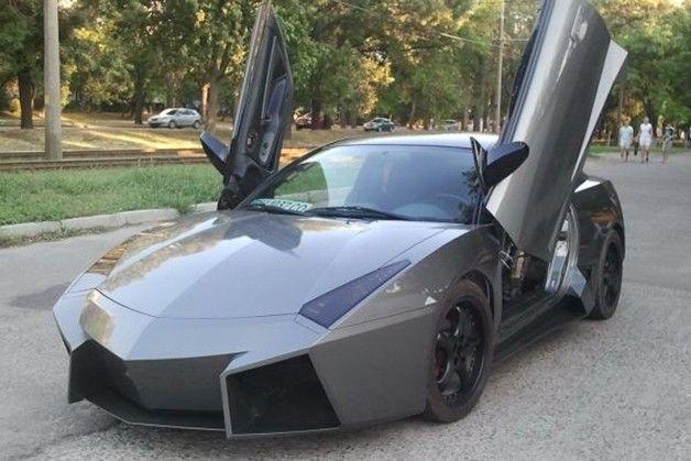Mitsubishi Eclipse turned Lamborghini Reventon